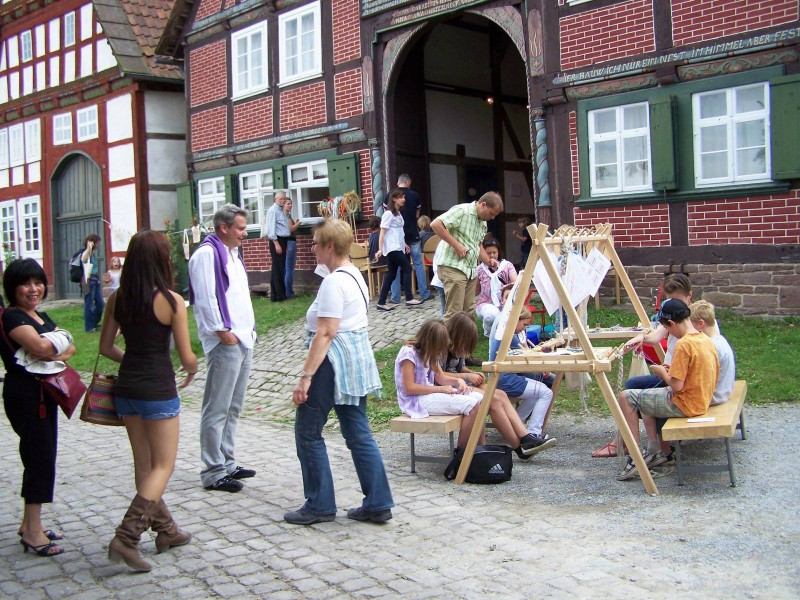 Flechtstation_HaarigesWochenende_HausDüsterdiek_FreilichtmuseumDetmold4